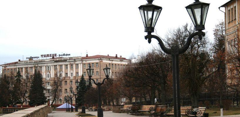 Из разрушающегося здания на Набережной, возможно, снова сделают гостиницу