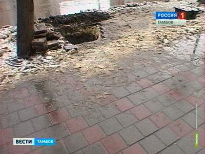 В Тамбове на Советской вскроют новую тротуарную плитку