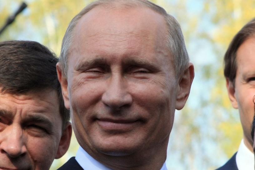 Стабильность: Владимир Путин в 15-й раз подряд стал человеком года
