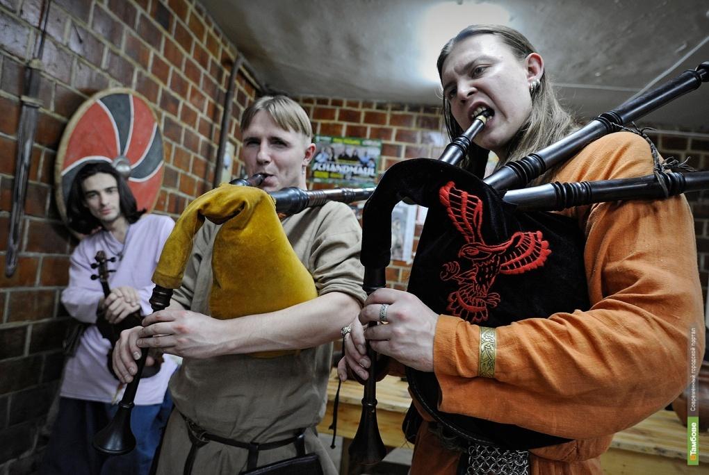 Выходные с ВТамбове.ру: Черный дракон и тамбовские поэты