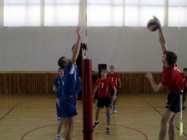 Объединенный кубок по волейболу достался Воронежу
