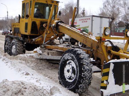 Тамбовские рабочие круглосуточно расчищают М6-«Каспий»