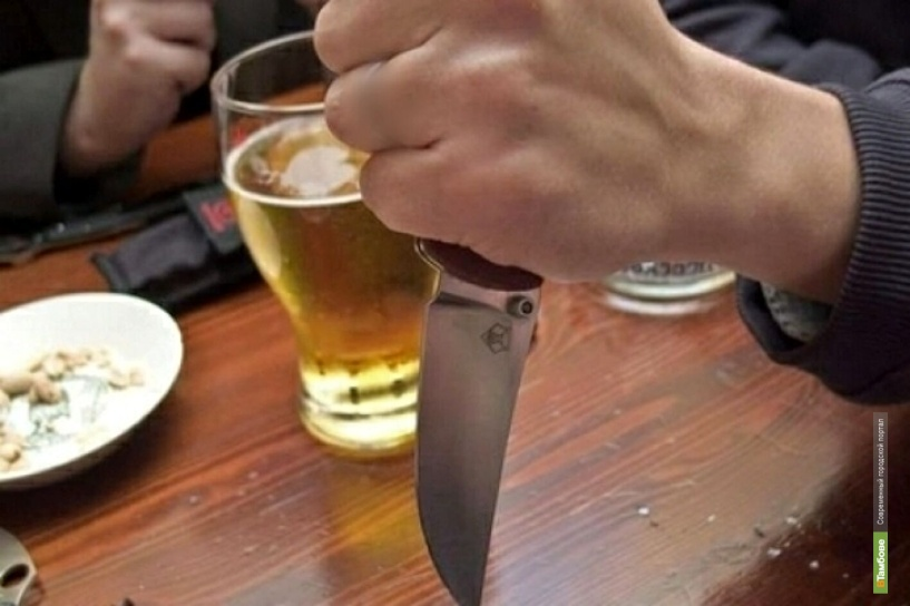 В кафе в центре Тамбова зарезали мужчину