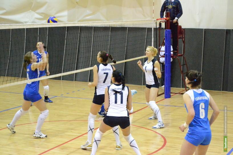 Задача тамбовских волейболисток - войти в четвёрку лидеров