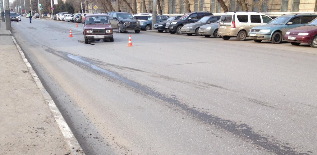«Семёрка» при развороте на Моршанском шоссе врезалась в BMW
