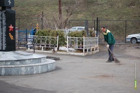 Кладбища Тамбова к Пасхе привели в порядок