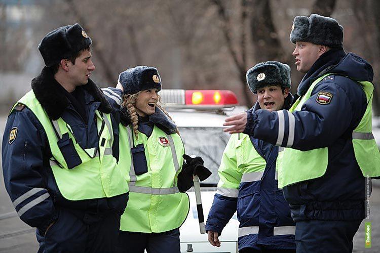 За неудачную попытку откупиться от автоинспектора тамбовчанка попала в милицию