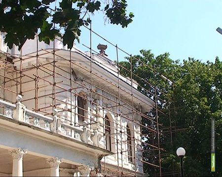 Хрустальный купол снова увенчает усадьбу Асеевых