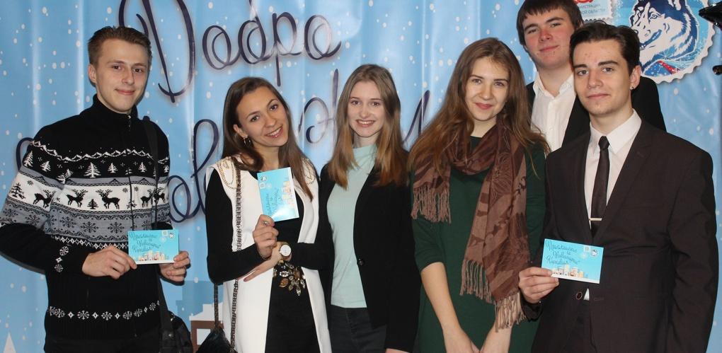 Студенты Президентской академии стали участниками Новогоднего губернаторского карнавала