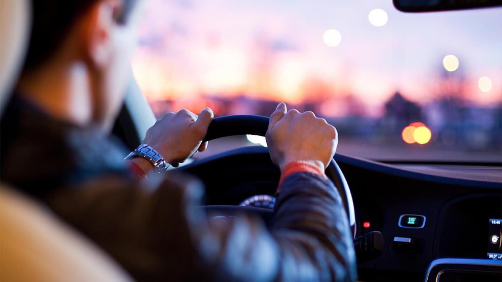 Любитель vs профессионал: Минтранс предлагает ввести официальное разделение среди водителей