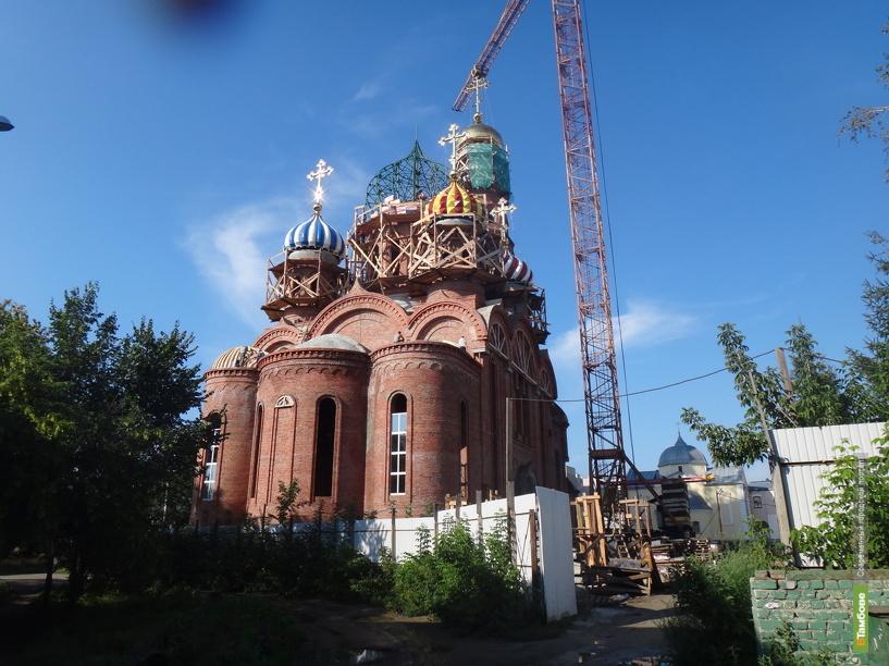 Вознесенский собор в Тамбове увенчали куполами