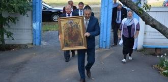 Храму в Жердевском районе привезли подарок с горы Афон