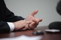 Медведев: ипотечная ставка должна быть хотя бы 10%