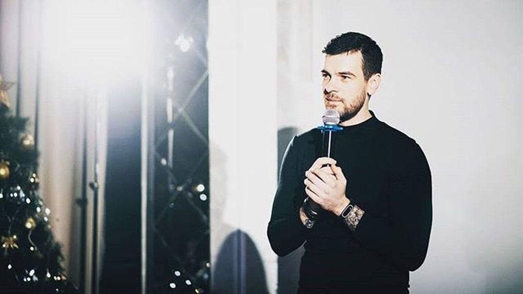 Тамбовские комики пытаются попасть в «Открытый микрофон» на ТНТ. Вадим Попов