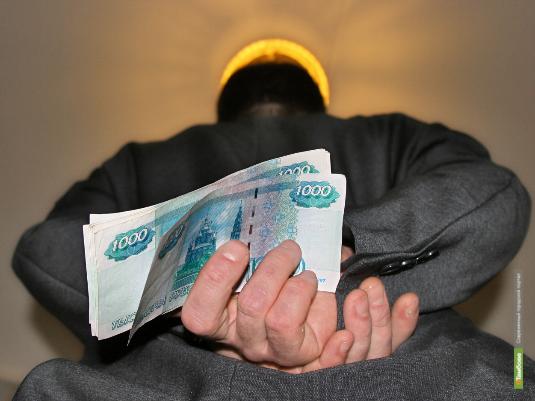 Нелегал из Узбекистана пытался подкупить тамбовского судебного пристава