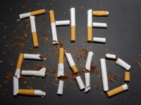 Онищенко украсит сигаретные пачки страшными болезнями