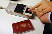 Сегодня министры решат, нужны ли отпечатки пальцев в паспортах