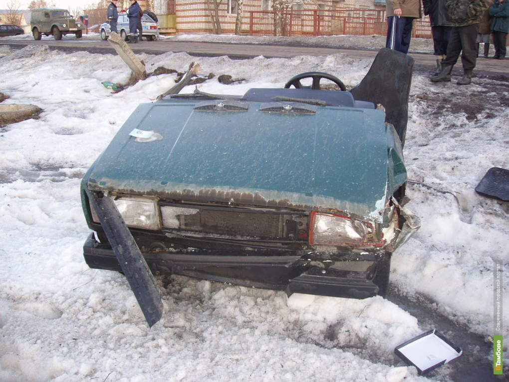 Тамбовские автолюбители утроили на 19 аварий