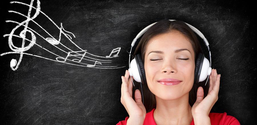 Самые популярные музыканты: что чаще всего слушают россияне?