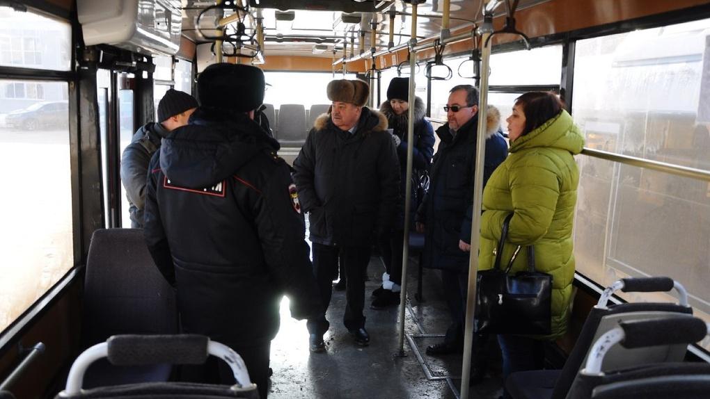 Когда дверей слишком много: почему не во всех тамбовских автобусах тепло?