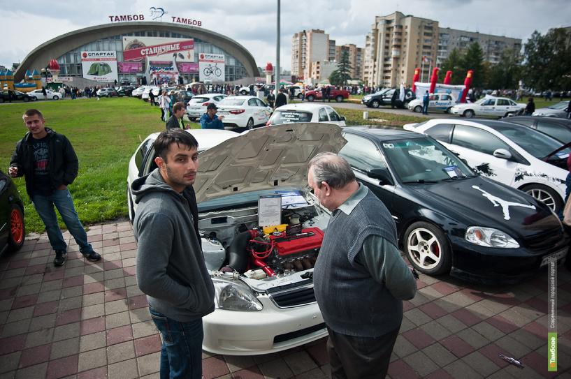 «Глобус-2013» - большой автомобильный праздник