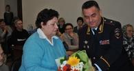 Матерей погибших полицейских поздравили с праздником