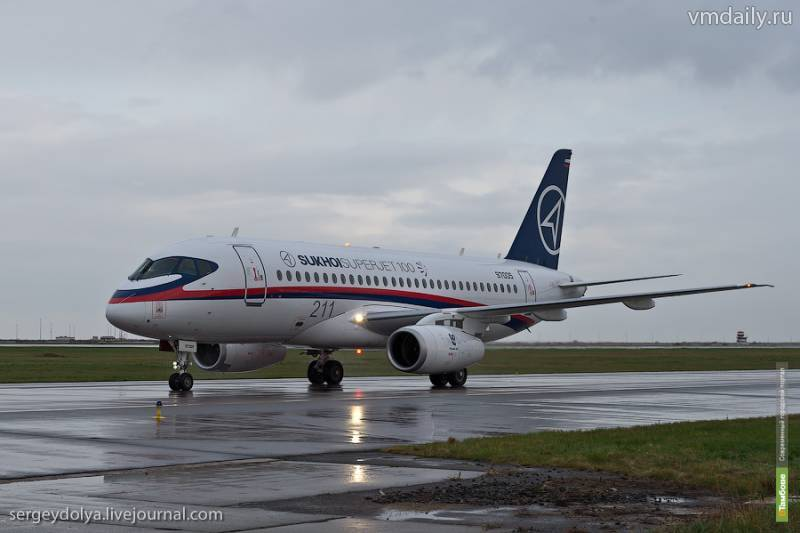 Новая нештатная ситуация с лайнером Sukhoi Superjet 100