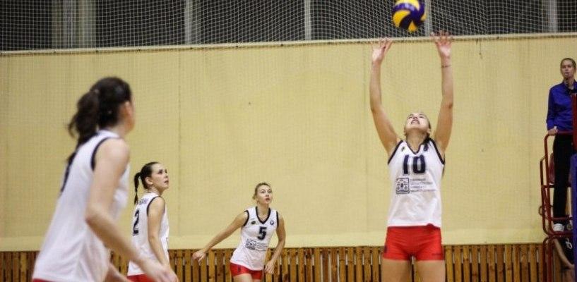 Тамбовские волейболистки выиграли все три матча домашнего турнира