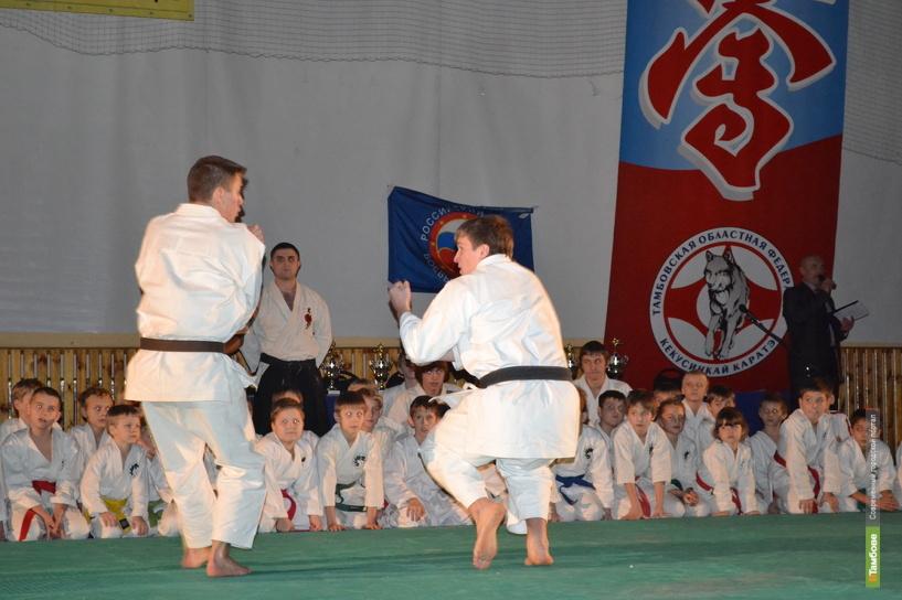 Тамбовские каратисты вернулись с соревнований из Липецка призёрами