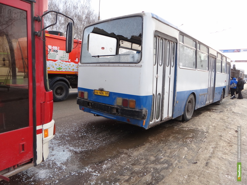 В Тамбове столкнулись два пассажирских автобуса