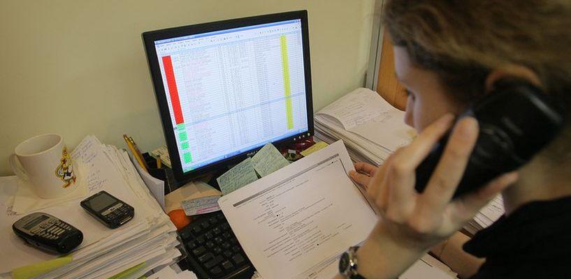 Коллекторы могут звонить должникам только с их согласия