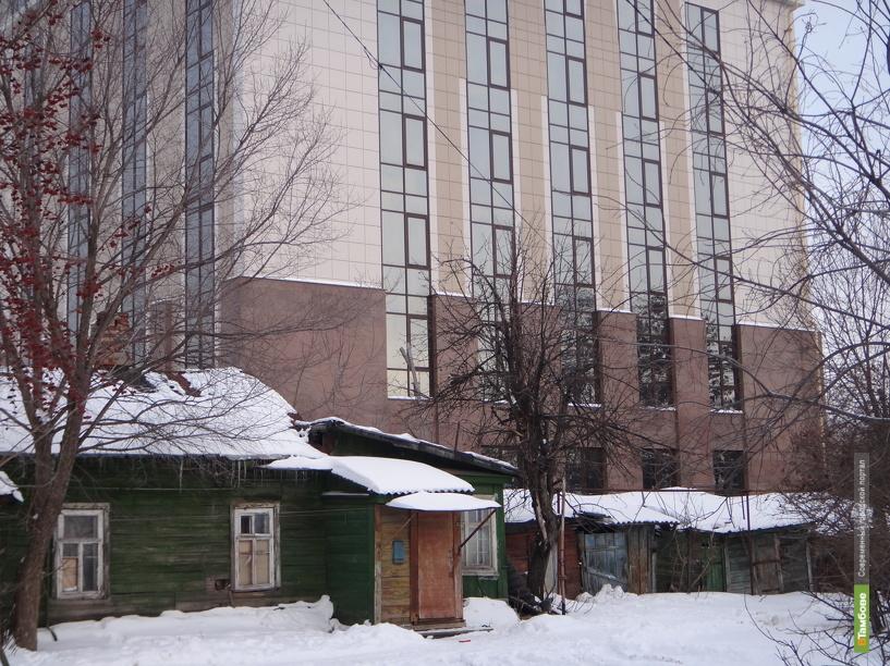Тамбовские прокуроры «застеклили» балконы обманутым новоселам