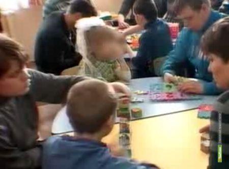Тамбовские депутаты обустроят в психбольнице детскую площадку