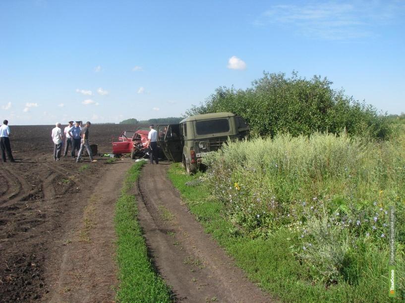 В ДТП на Тамбовщине погиб пассажир ВАЗ 2103