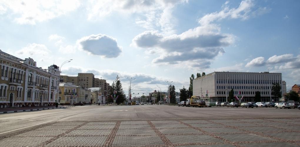 На время репетиции парада детских организаций перекроют площадь Ленина