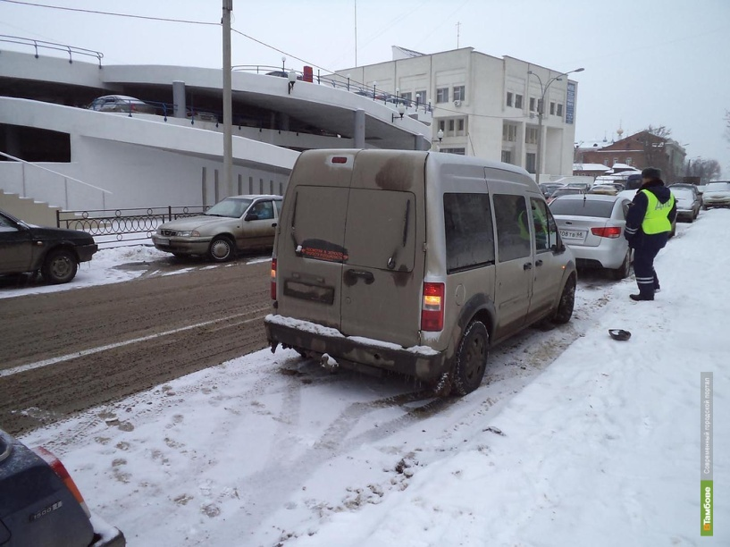 Автоледи на иномарке сбила в центре Тамбова пешехода