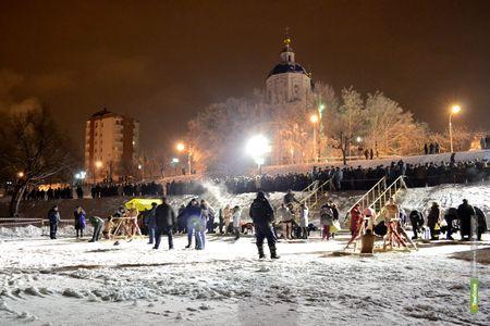 В Крещенскую ночь фонари на Набережной будут гореть до утра