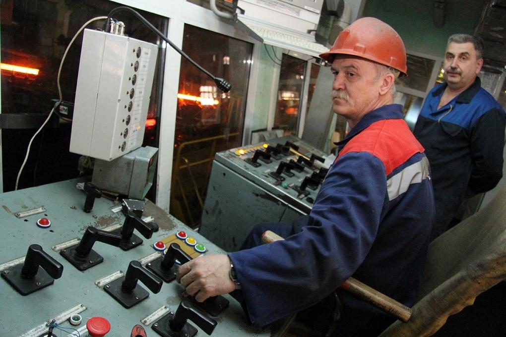 В России займутся популяризацией рабочих и инженерных профессий по поручению Медведева