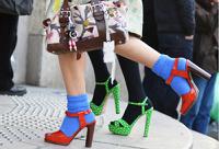 Носки с сандалиями признали главным модным недоразумением в истории