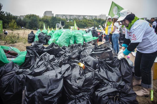 Из Тамбова вывезли две с половиной тонны мусора