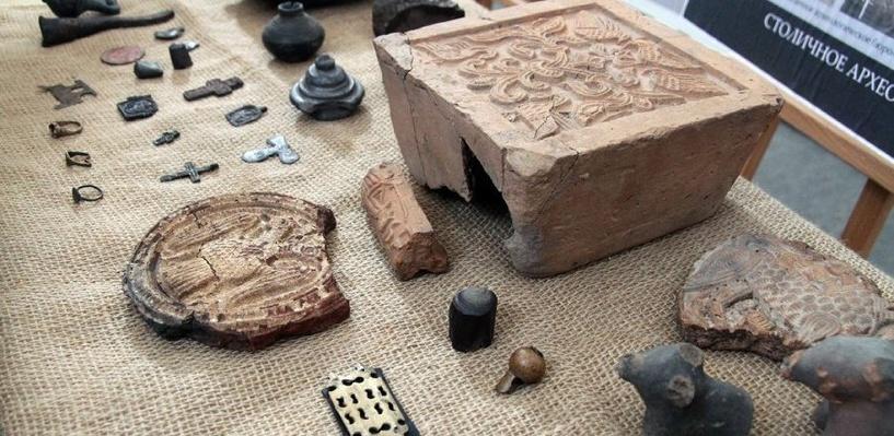 Археологи нашли в Москве старинную игрушку XVII века