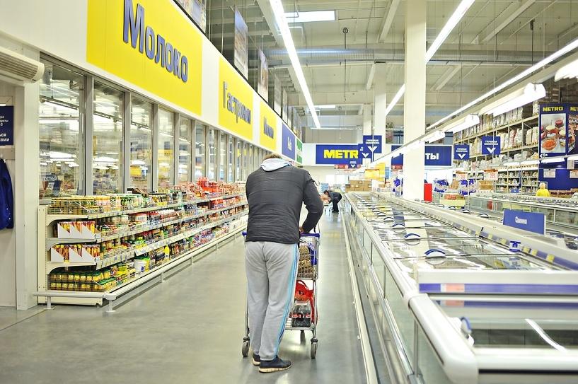 В обход эмбарго: Роспотребнадзор нашел у ритейлеров запрещенные продукты