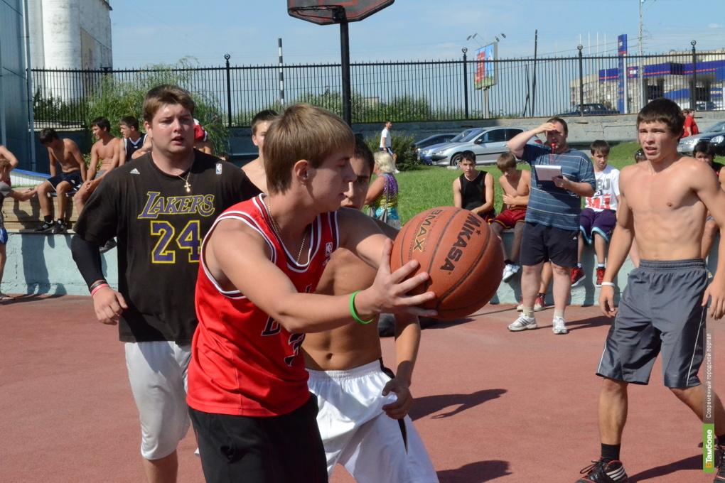 Саратовские баскетболисты не пустили тамбовчан на Кубок России