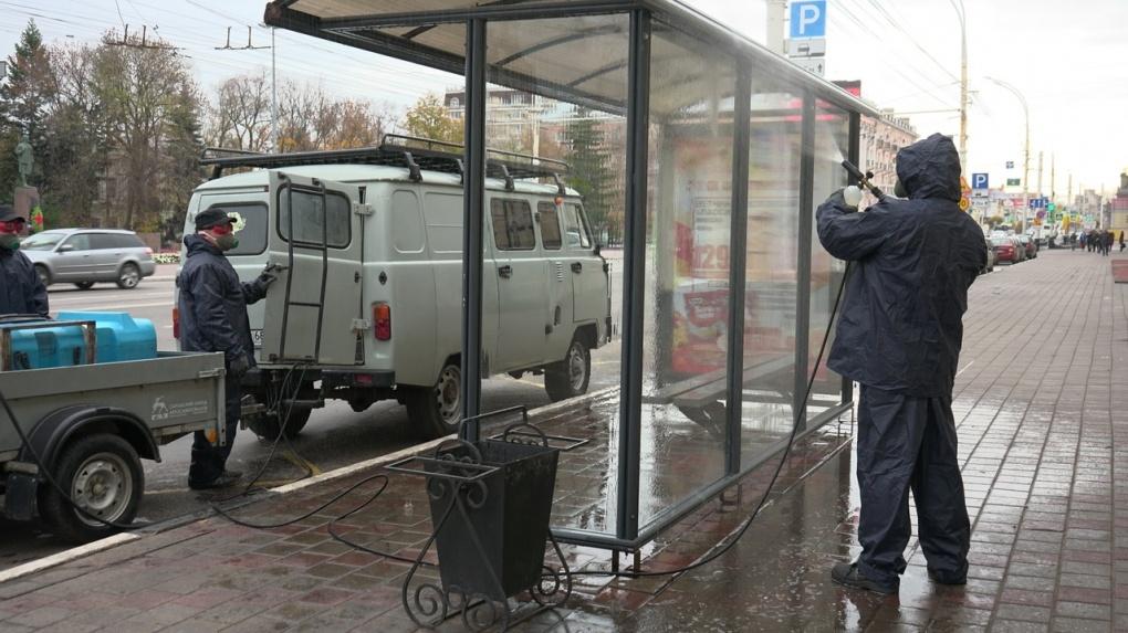 В Тамбове начали снова дезинфицировать остановки общественного транспорта