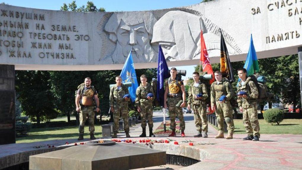 В честь 75-летия Победы будущие десантники отправились в марш-бросок по Тамбовской области