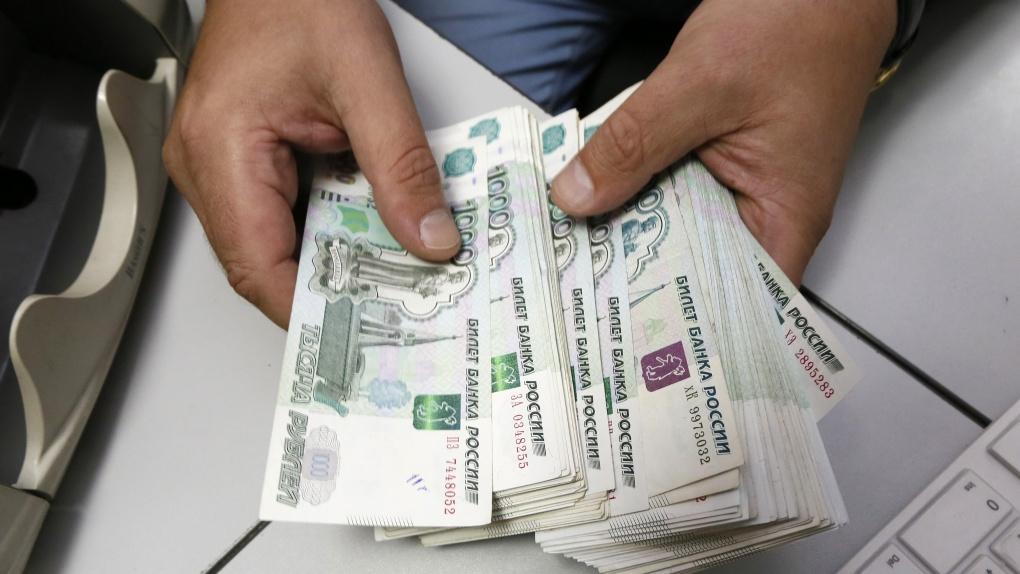 Народные избранники посоветовали поднять налог на жителей свысокими заработками