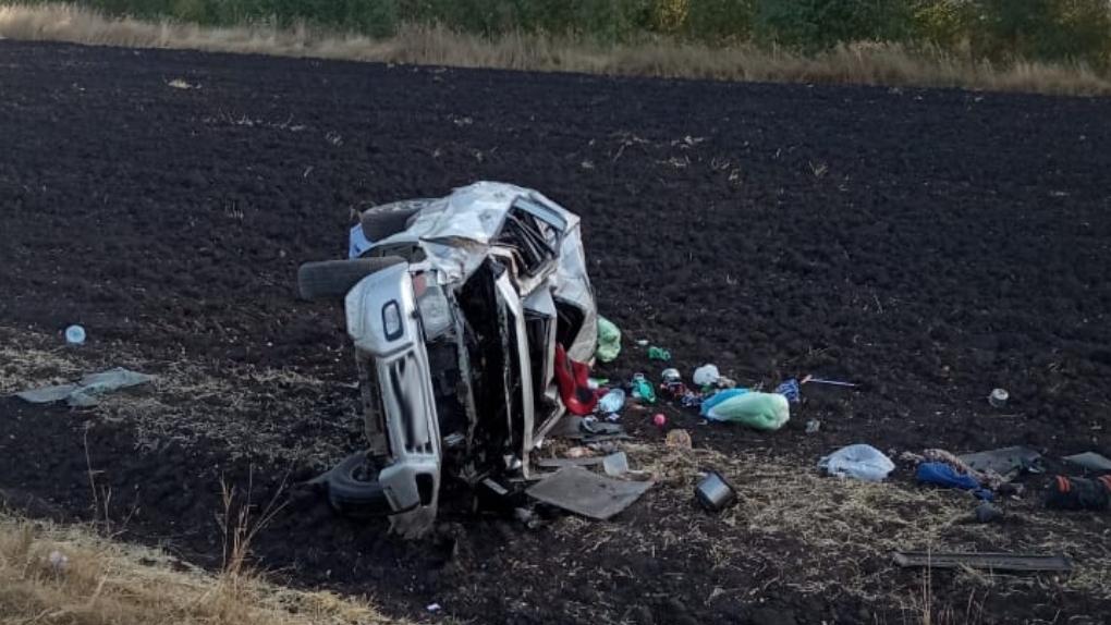 В Уваровском районе иномарка улетела в кювет: пострадали 4 человека