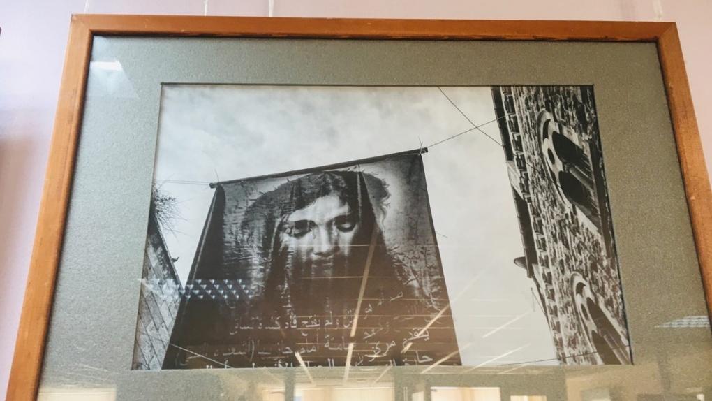 Студенты Тамбовского филиала РАНХиГС посетили новую фотовыставку в Пушкинской библиотеке