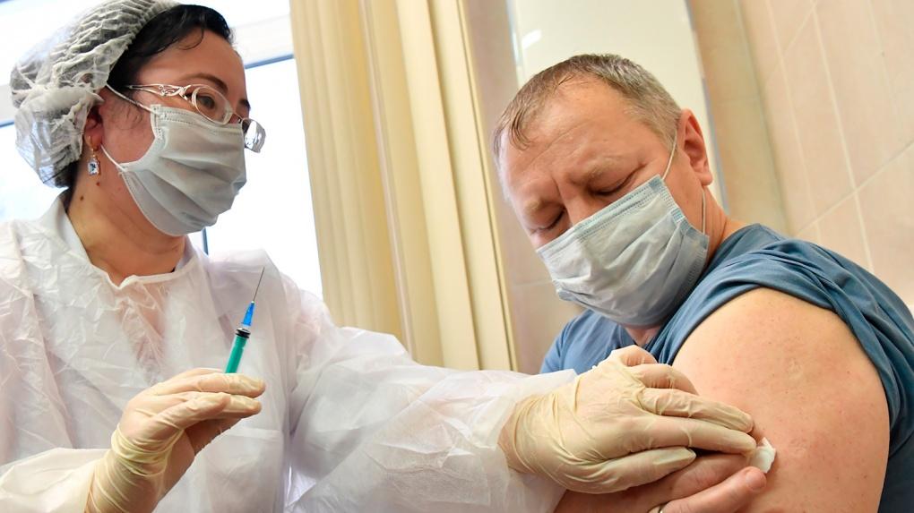 Тамбовская область стала лидером по вакцинации граждан из группы риска в России