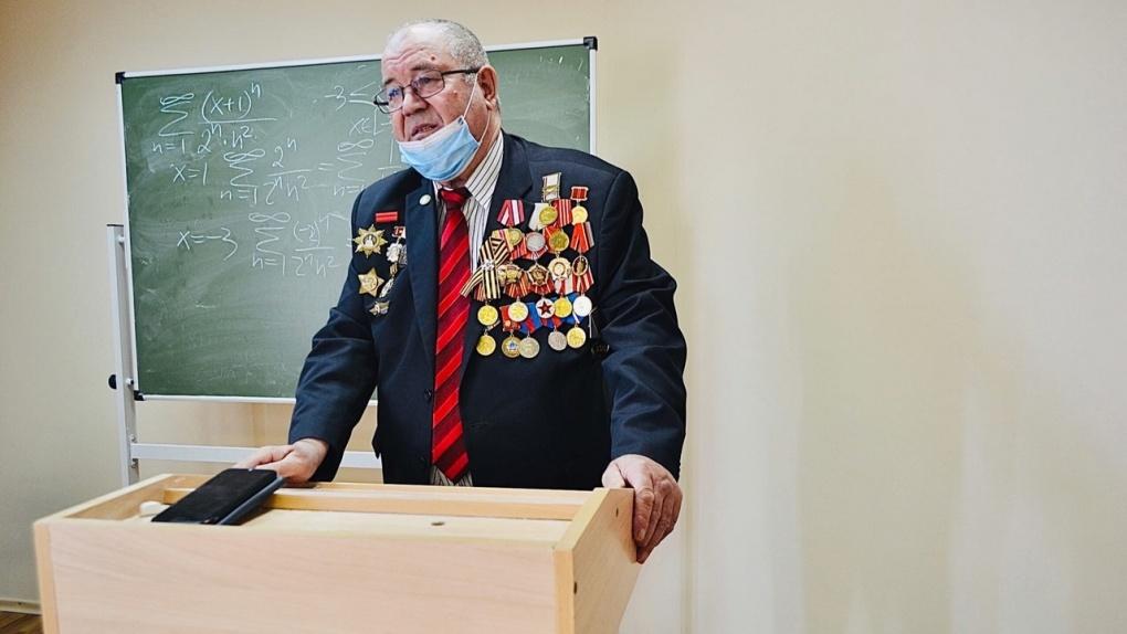 В Тамбовском филиале РАНХиГС состоялась встреча студентов с ветераном войны